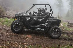 rzr-900-xc-edition-black-pearl-small